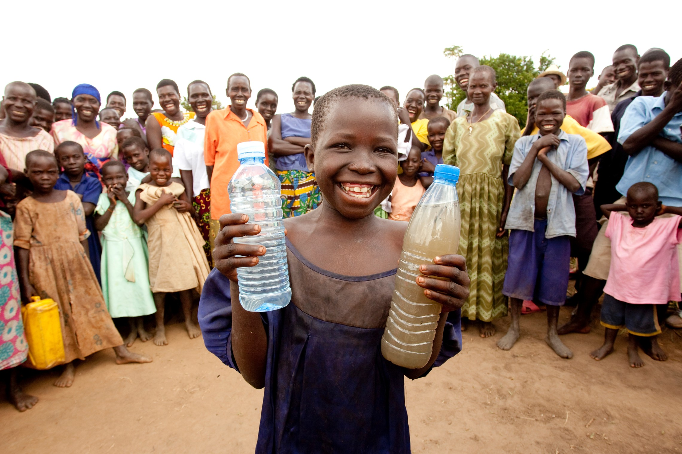 charity-water-smiling