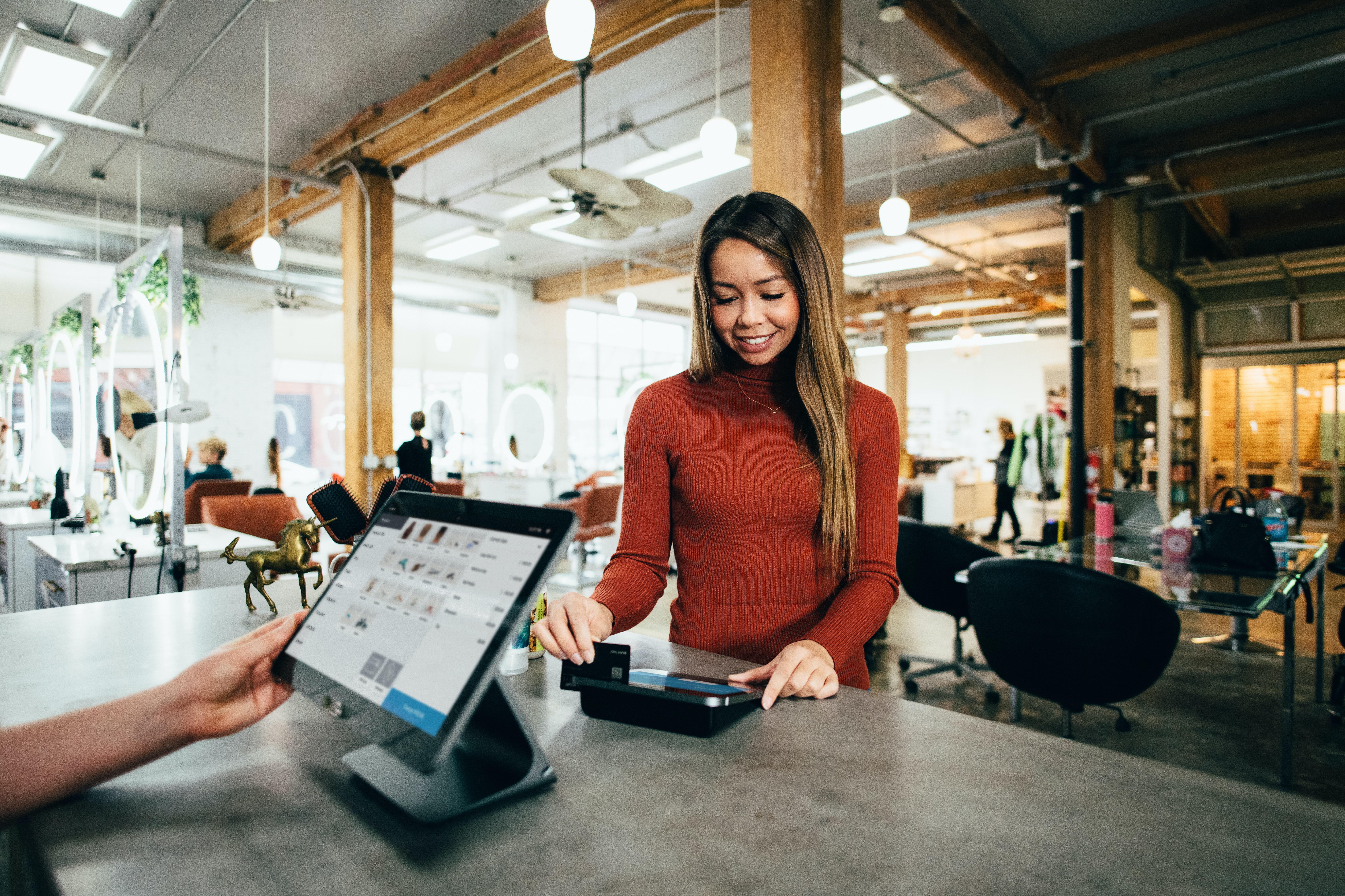 blake-wisz-payments-unsplash